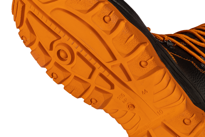 Kevlar<sup>®</sup> anti-perforation sole