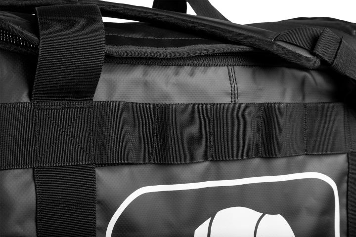 A large number of practical loops around the sides of the bag
