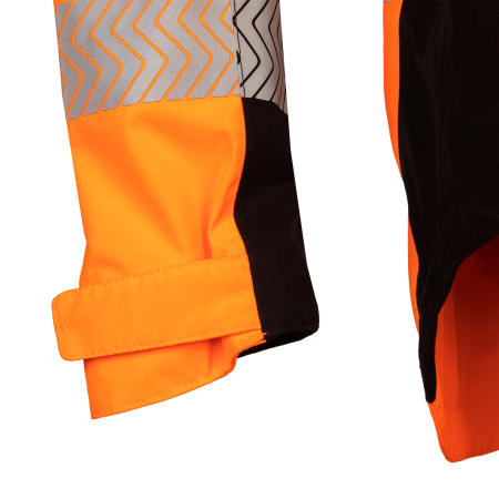 Sleeve narrowing system by touch and close fastening