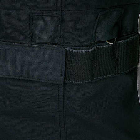 Lateral strap for removable pockets with molle-system